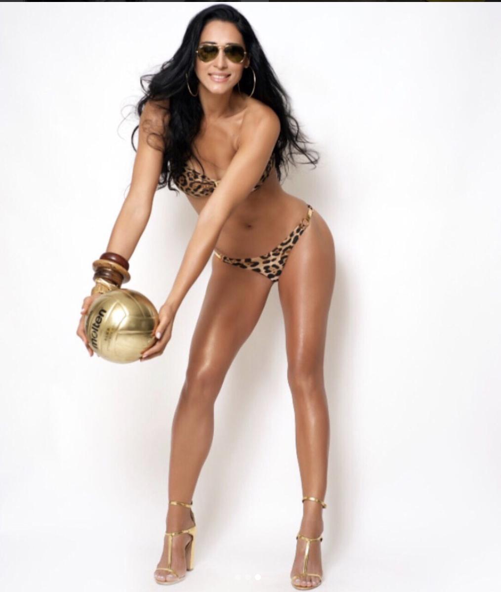 Nackt  Jaqueline Carvalho Stunning pictures