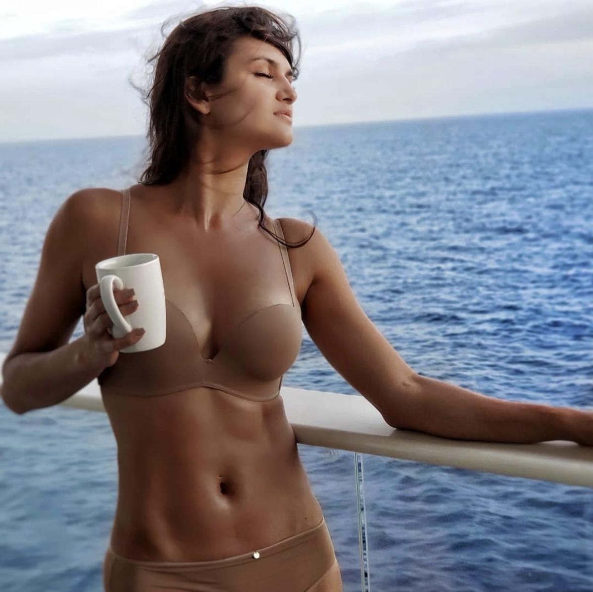 leryn-franco-nude-oriental-girls-fucked-deep